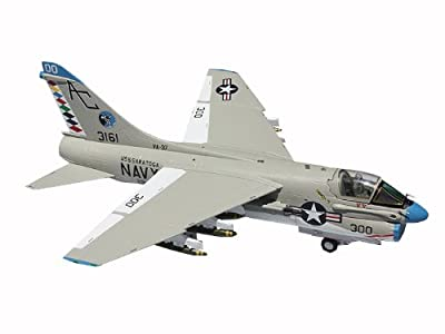 Gemini Jets US Navy A-7 Corsair II Raging Bulls Die Cast Aircraft, 1:72 Scale