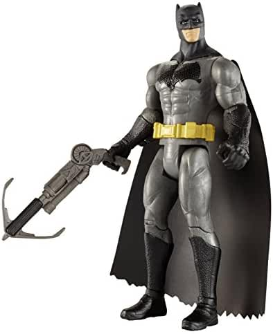 Batman v Superman: Dawn of Justice Grapnel Blast Batman 6
