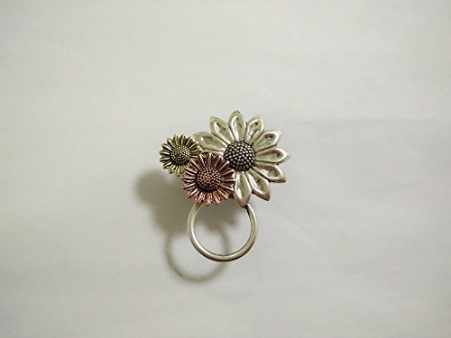 NOUMANDA Antique Gold Silver and Copper 3 Sunflower Magnetic Eyeglass Holder Brooch and Bangle (Broo - http://coolthings.us