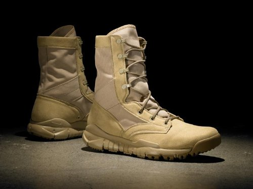 6daa87332061 Amazon.com  Nike SFB Boot  Shoes