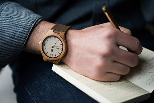 302d1db021 Amazon.com  Treehut Men s Bamboo Wooden Watch with Genuine Brown Leather  Strap Quartz Analog with Quality Miyota Movement