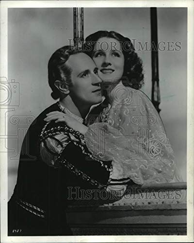 1940 Press Photo Norma Shearer and Leslie Howard Acting In