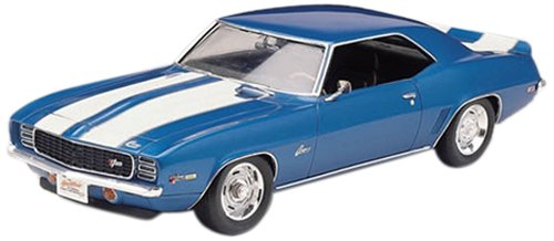 Revell 1:25 69 Camaro Z/28 (1969 Camaro Model Car Kit)