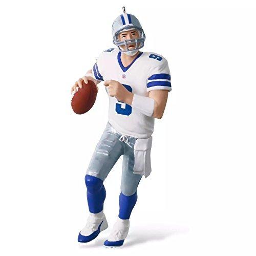 Hallmark 2016 Christmas Ornament NFL Dallas Cowboys Tony Romo Ornament ()