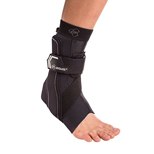 DonJoy Performance Bionic Ankle Support Brace: Left Foot, Black, Medium