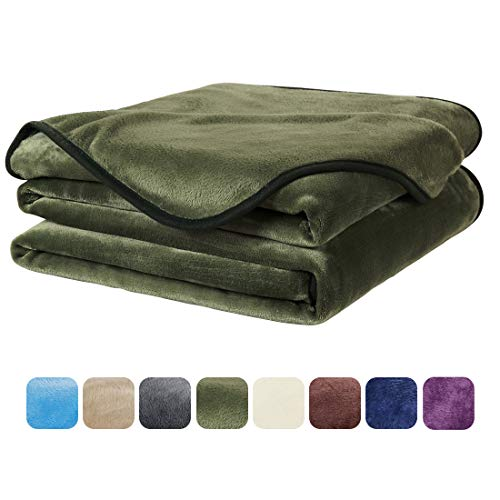 (EASELAND Soft Travel Size Summer Blanket All Season Warm Fuzzy Microplush Lightweight Thermal Fleece Blankets for Couch Bed Sofa,Throw,50x61 Inches,Olive Green)
