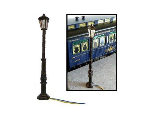 ダイキャストカー用 ジオラマ Street Lamps 街灯 2個セット 1/24 (並行輸入品)