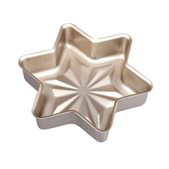 Gessppo Non-Stick Snowflake Shape Cake Mold Steel Pan Bun Bread Mould Kitchen Bakeware Resistant High Temperature, Reusable and Durable 2 ❤❤Quantity:1pc-----Material:Carbon Steel-----Size :21.2x21.2x5cm-----Color:gold-----Package Include:1pc cake mold ❤️❤️12 Cup Silicone Muffin - Cupcake Baking Pan / Non - Stick Silicone Mold / Dishwasher - Microwave Safe; 2Packs Silicone Mini Muffin Pan, Silicone Molds for Muffin Tins, Cupcake Baking Pan (Red);Ware Platinum Collection Heritage Bundt Pan ❤️❤️Reusable Silicone Baking Cups, Pack of 12; Silicone Cake Mold Magic Bake Snake-DIY Baking Mould Tool Design Your Pastry Dessert with Any Pan Shape, 4 PCS/lot Nonstick Flexible Reusable Easy to Use and Wash, Perfect Gift Idea for Your Love