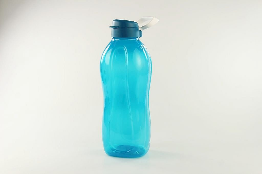 Tupperware to go Eco 2 l azul + Soporte Botella clippverschluss P 17876