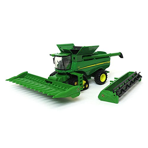 1/64th John Deere S690 Combine on Tracks with 2 Heads