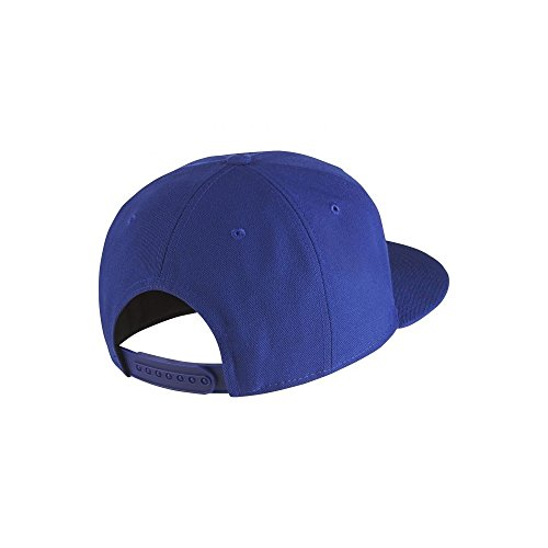 acfd2b0a888 Nike Mens FCB Barcelona Soccer True Core Snapback Hat Deep Royal Blue Red  686241-455  Amazon.in  Clothing   Accessories