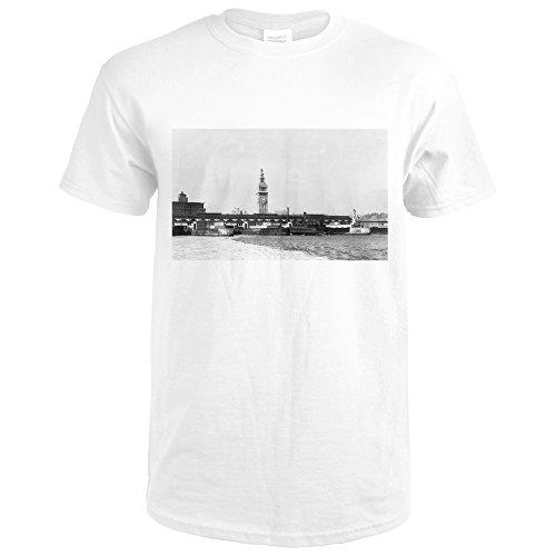 San Francisco, California - Bay View of the Ferry Terminal Bldg (Premium White T-Shirt - Terminal Francisco San