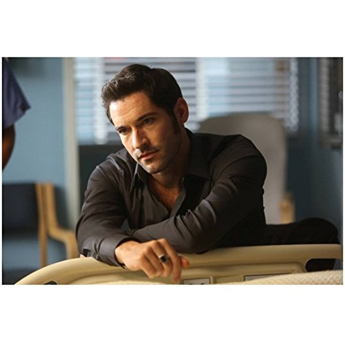 Lucifer (TV Series 2015 - ) 8 inch by 10 inch PHOTOGRAPH Tom Ellis in Grey Shirt Visiting Patient at Hospital kn