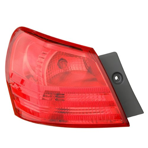 08-13 Nissan Rogue Tail Light Lamp Rear Brake Taillight Taillamp (Quarter Panel Outer Body Mounted) Left Driver Side (08 2008 09 2009 10 2010 11 2011 12 2012 13 2013)