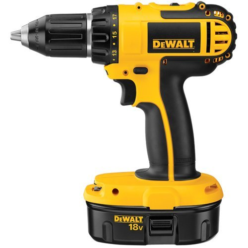 18V 1/2 Compact Drill/Driver Kit, Lot of 1