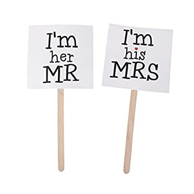 NUOLUX Mr and Mrs Paper Signs on Wood Sticks Wedding Decoration Photo Booth Props
