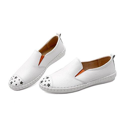 AllhqFashion Damen Ziehen auf Niedriger Absatz Büffelleder Rund Zehe Flache Schuhe Weiß