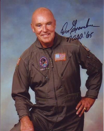 DUANE GRAVELINE signed autographed NASA ASTRONAUT photo (Astronaut Autographed Signed Photo)