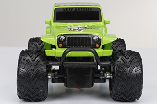 Amazon new bright chargers ff 4 door jeep rc vehicle 118 amazon new bright chargers ff 4 door jeep rc vehicle 118 scale green toys games sciox Gallery