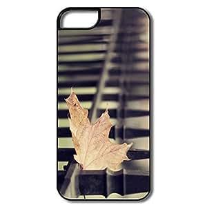 PTCY IPhone 5/5s Custom Cool Fallen Maple Leaf
