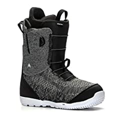 Stomp the entire mountain with the latest in lightweight seamless construction fused with freestyle-activated mid-range support. Those who appreciate the balance of medium-flex tweakability and comfort should step to the men's Burton Swath bo...