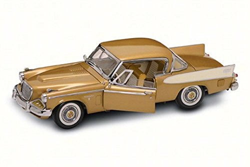 (1958 Studebaker Golden Hawk, Gold - Road Signature 20018G - 1/18 Scale Diecast Model Toy Car)