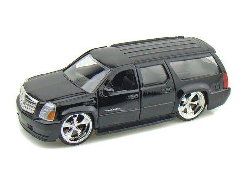 2007-cadillac-escalade-esv-1-32-black