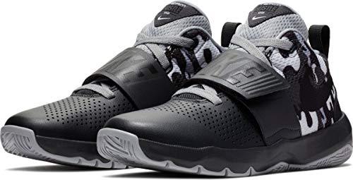 5fd691bd6e8 Nike Kids  Team Hustle D 8 (Gs) Basketball Shoe (7 M US