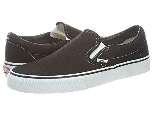 Vans U Classic Slip-On Skate Shoe Black 6.5 D(M) US]()