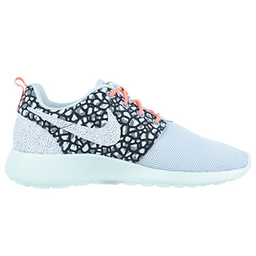 Cheapest for sale NIKE Roshe One Premium Womens Sneakers Pure Platinum/Black/Fiberglass/White outlet shop for from china low shipping fee VOFzJv