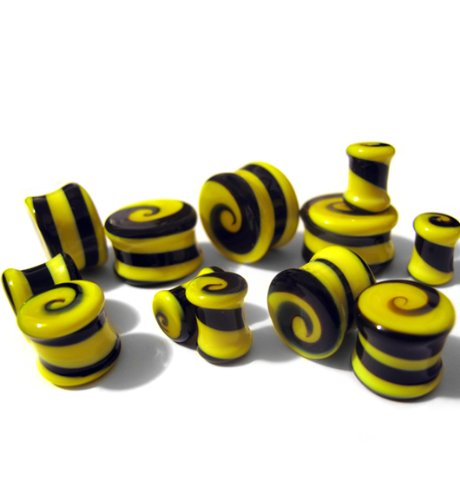 GLS002 Urban Body Jewelry 1 Pair of Black /& Yellow Swirl Glass Plugs 9//16 Gauge ~ 14mm