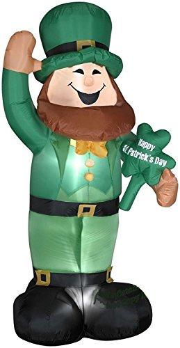 St Patricks Day Inflatable 6 Foot Leprechaun Holding Shamrock Gemmy Airblown Yard Decoration