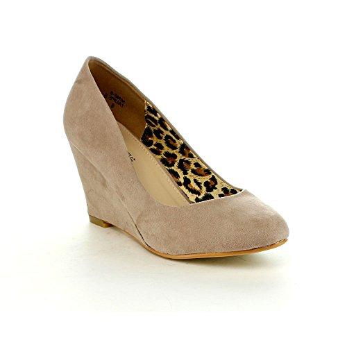 Bella Marie Femmes Neuf-5 Classique Amande Orteil Mi-wedge Pompe Slip Sur Chaussures Taupe