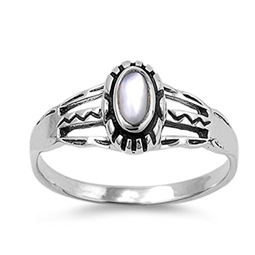 Sterling Silver Women's Mother of Pearl Oval Aztec Design Ring (Sizes 5-9) (Ring Size 10)