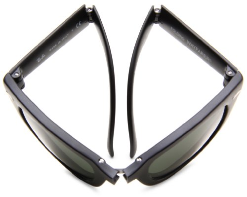 3a1ba496fd2 Amazon.com  Ray-Ban FOLDING WAYFARER - BLACK Frame CRYSTAL GREEN POLARIZED  Lenses 50mm Polarized  Ray-Ban  Clothing