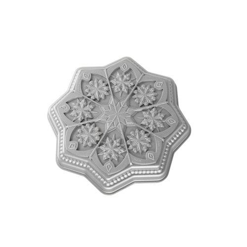 Nordic Ware 03048 Sweet Snowflakes Shortbread Pan