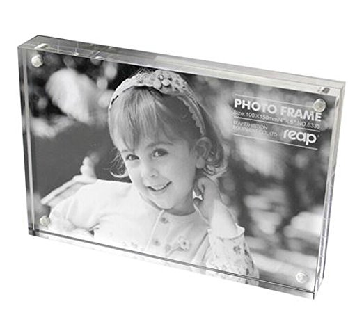 Magnetic Acrylic Photo Frame Picture Frame (5x7 inches) by Generic