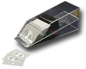 Lucky Ace - Repartidor de cartas: Amazon.es: Juguetes y juegos