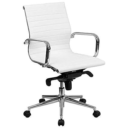 MID-back color blanco acanalado de cuero ejecutiva silla de ...