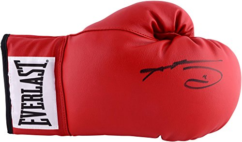 Sugar Ray Leonard Signed Full Signature Boxing Glove PSA/DNA
