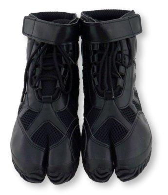 Marugo Sports Jog Jika-Tabi: Black with Laces