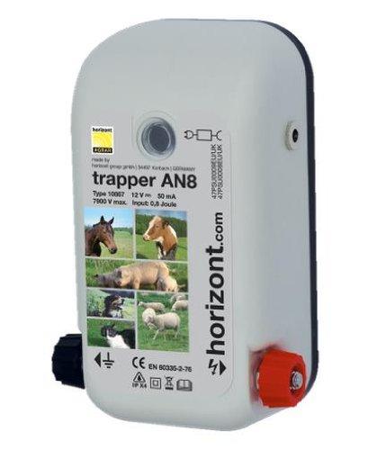 Robustes Weidezaun- / Elektrozaungerät trapper AN8 Netz- / Akkugerät (12V/230V)