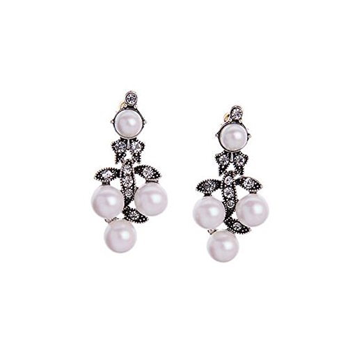 Elakaka Wild Exaggerated Diamond Pearl Earrings
