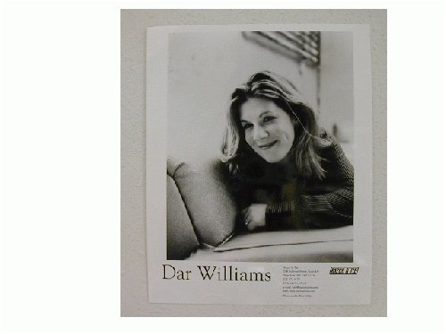 Dar Williams Press Kit and Photos Out There Live