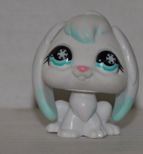 Rabbit #685 (White/Blue, Blue Eyes) - Littlest Pet