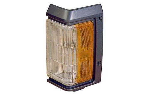 (Nissan Pathfinder Driver Side Replacement Turn Signal Corner Light)