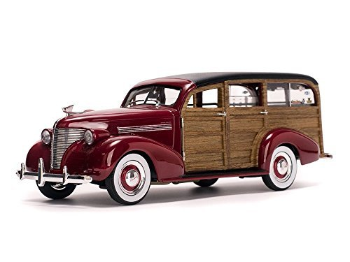 Woody Surfboard - SUNSTAR 1:18 AMERICAN COLLECTIBLES - 1939 CHEVROLET WOODY SURF WAGON WITH SURFBOARD RED SS6176
