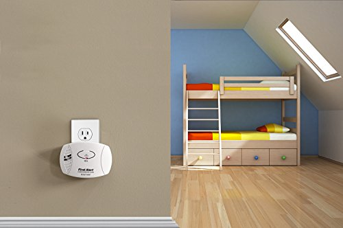 029054122001 - First Alert CO605 Carbon Monoxide Plug-In Alarm with Battery Backup carousel main 3