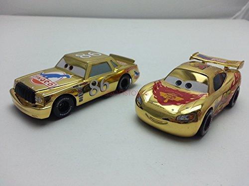 Good Cars Metallic Gold McQueen & Chick Hicks - Crv Hotwheels