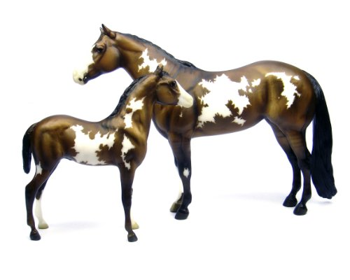 Breyer Overo Paint Mare and Foal - Traditional Toy Horse Model
